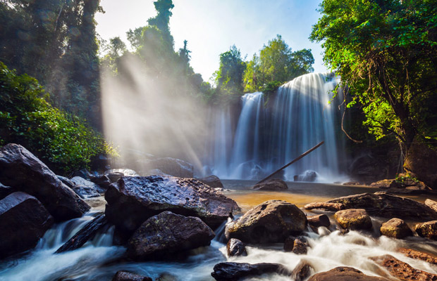 Kulen Waterfall & Beng Mealea Tour
